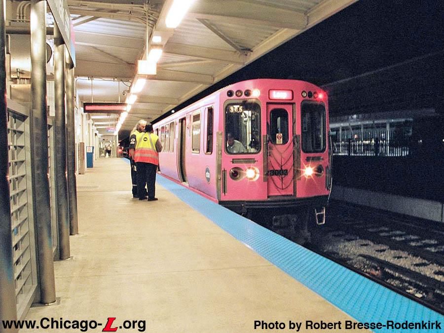 http://www.chicago-l.org/trains/gallery/images/2600/cta3003-1stPinkLine.jpg